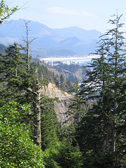 Hiking the Oregon Coast Trail (click for slideshow)
