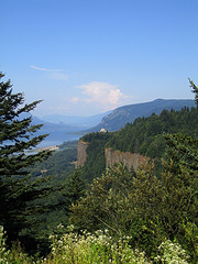 Columbia River Gorge (click for slideshow)