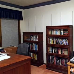 Sectional bookshelves