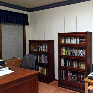 Sectional bookshelves